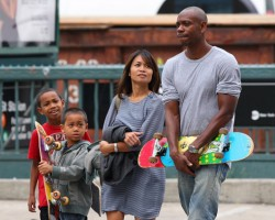 <center>Money Ain't Everything: Dave Chappelle Finally Admits Exactly Why He Walked Away From $50 Million TV Contract</center>